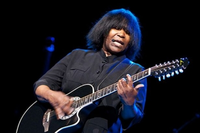 Joan Armatrading at the Picturedrome in Holmfirth
